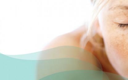 Melasma é o distúrbio de pele caracterizado por manchas escuras