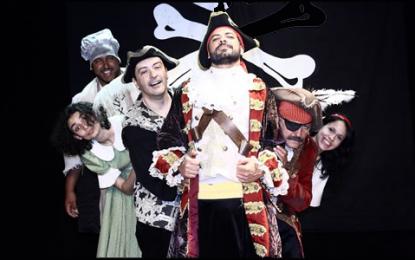 O Ilha do Tesouro, espetáculo participativo integra adultos e crianças