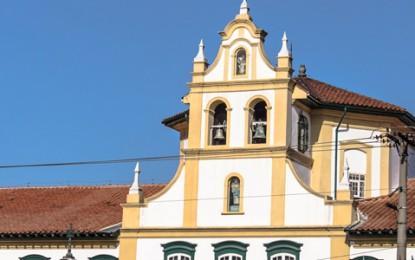 Mosteiro da Luz une fé, história e arte