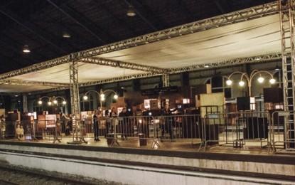 Exposição e dança na estação Brás no aniversário de São Paulo