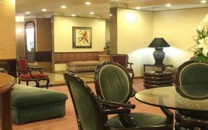 Hotel Gran Corona, estilo tradicional no centro da cidade
