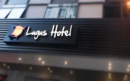 Hotel Lugus, prático e bem localizado