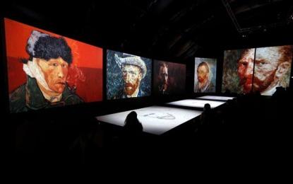 Van Gogh Alive traz obras do pintor em tamanho gigante