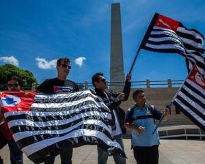 Manifestantes reúnem-se pela independência de São Paulo