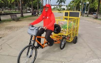 Bicicletas para catadores e lixeiras contra vandalismo