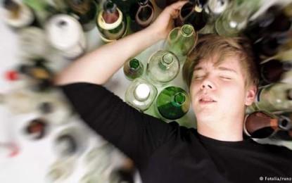 Abstinência alcoólica, sintomas e tratamento