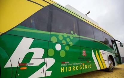 Ônibus a hidrogênio começa a circular em São Paulo