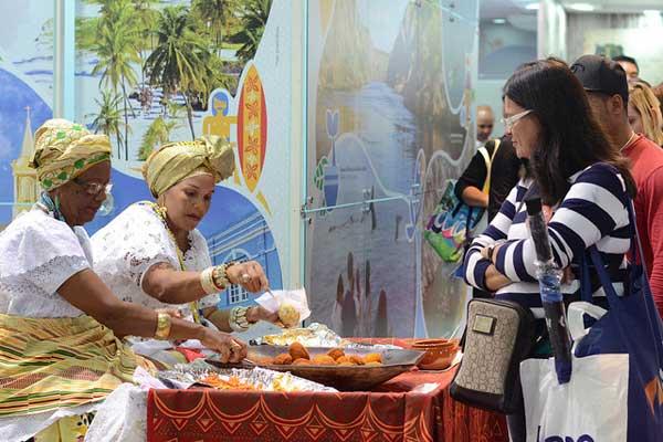 acarajé em abav expo feira internacional de turismo