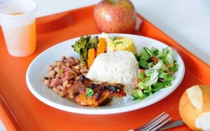 Bom Prato oferece comida e serviços à sociedade
