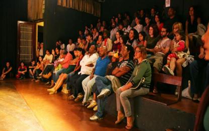 Mostra de Teatro Monte Azul apresenta teatro da periferia e centro da cidade