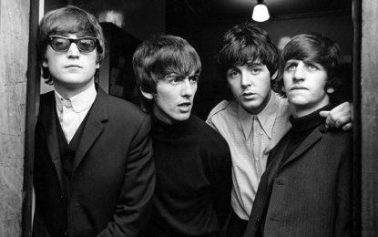 Exposição fotográfica dos Beatles nas estações de metrô