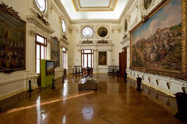 """sala onde está a pintura """"Independência ou Morte"""" de Pedro Américo"""