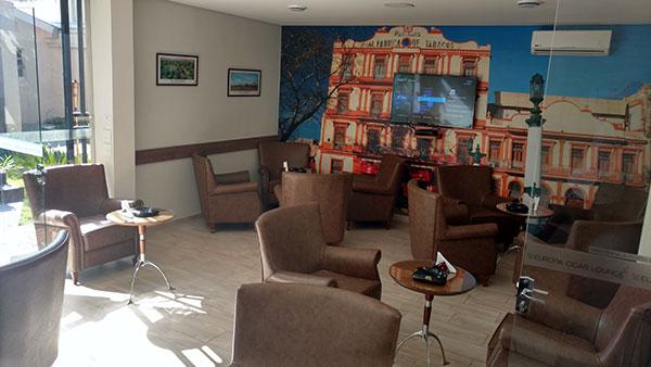 espaço interno do Europa Cigar Lounge