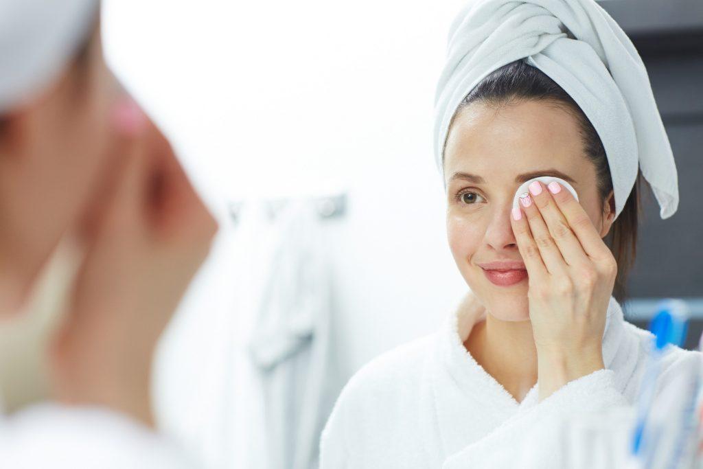 A estação mais fria do ano, o inverno, contribui muito para recuperação de tratamentos estéticos ligados à pele e também em sua recuperação.