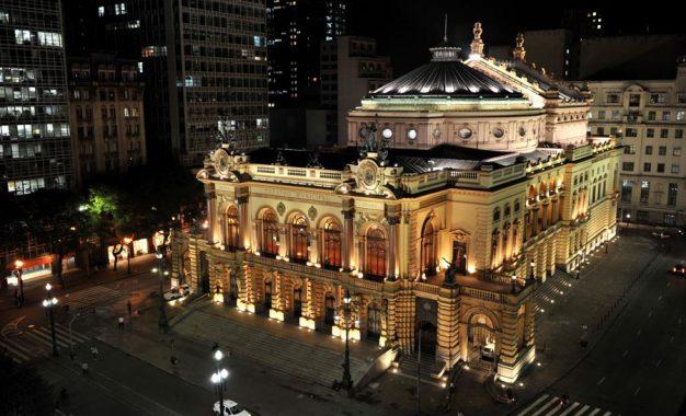 Theatro Municipal de São Paulo: conheça um dos mais belos locais para visitar na cidade