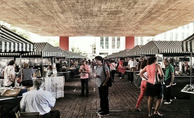 Conheça mais as feiras de antiguidades em São Paulo