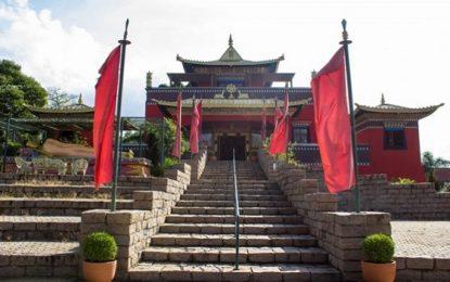 Conheça o Templo Tibetano Odsal Ling em São Paulo