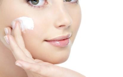Cravos cuidados da maneira errada podem se transformar em acnes
